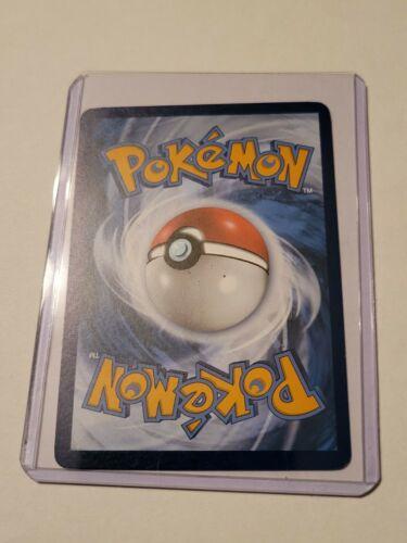 Pokemon TCG Trading Card Game Chilling Reign Trainer Honey Reverse Holo 142/198 - Image 2