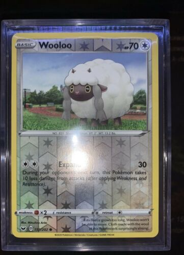 Wooloo 152//202 Reverse Holographic Pokemon Card Sword /& Shield NM